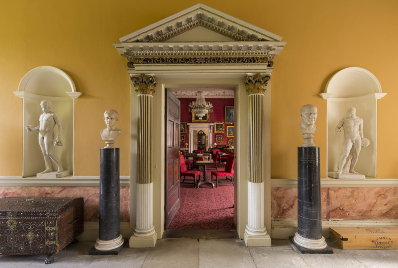 4-Entrance-to-the-Drawing-Room-at-Newbridge-House.jpg#asset:13648
