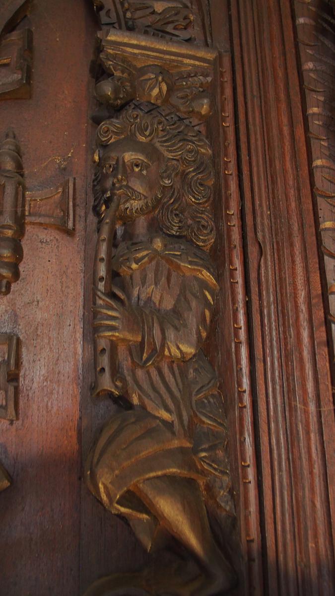 Detail-of-piper-from-Myrtle-Grove-oak-chimneypiece.JPG#asset:13662