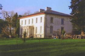 Laurentinum House