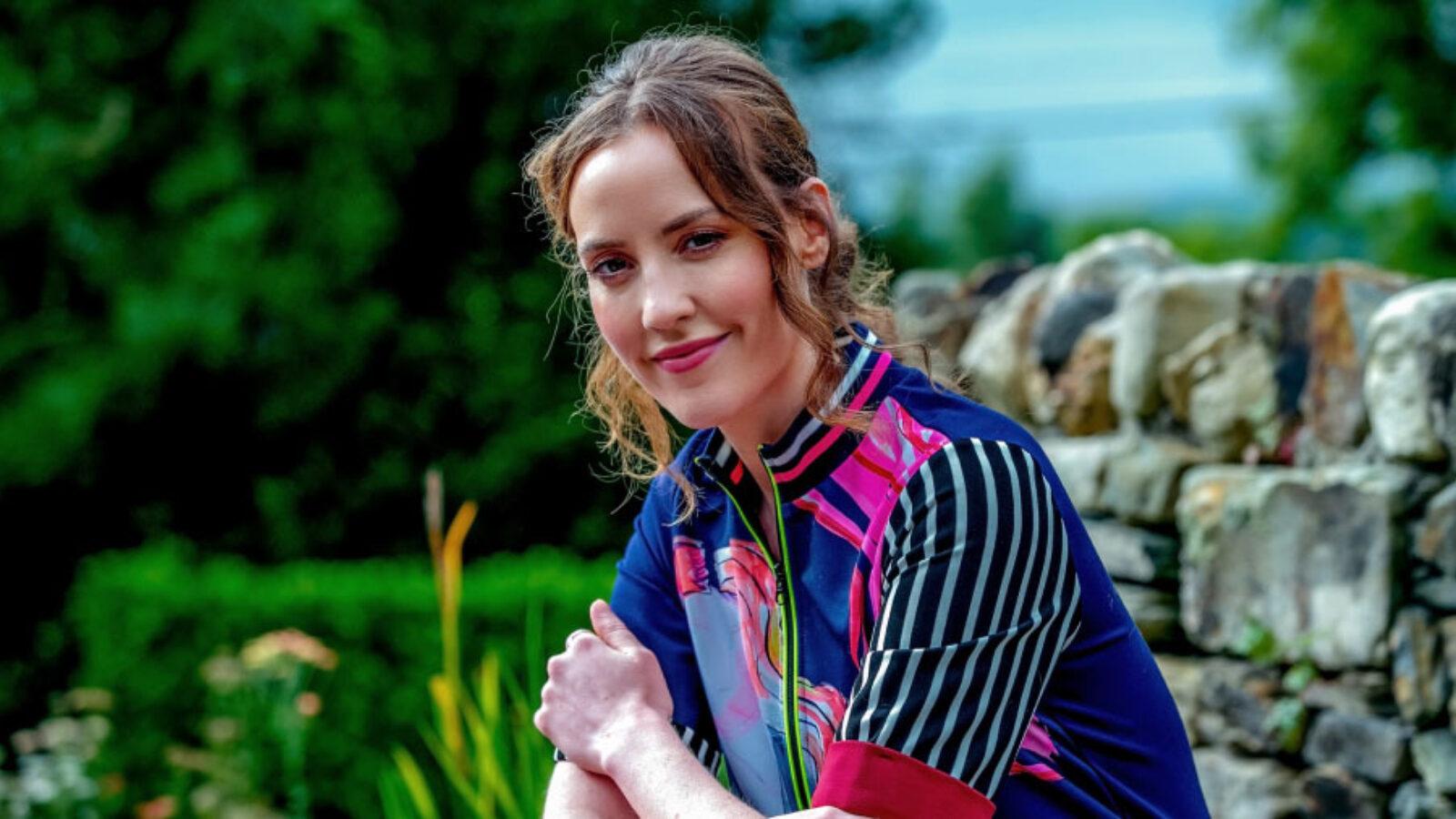 Louise O Neill Profile